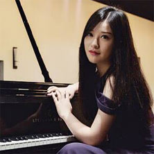 Alumna Zhao Lin (BMus '16) on pursuing her music dreams